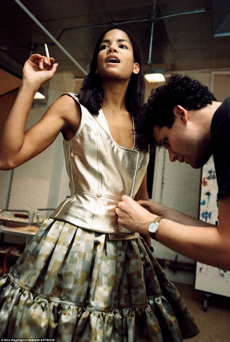 Big Designer News Isaac Mizrahi Is Named Creative Director Of Liz Claiborne Brand by Isaac Mizrahi S Career In Images With Cbell And