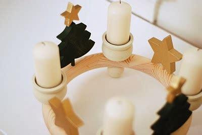 4 candele dell avvento coniglio giallo candele e calendari dell avvento
