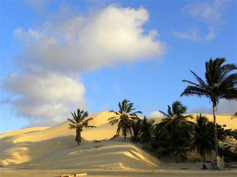 opulenza significato por do sol foto de praia pedra rachada paracuru