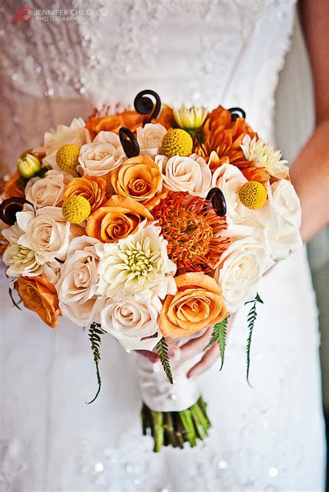 fall wedding flowers pictures picture of stunning fall wedding bouquets