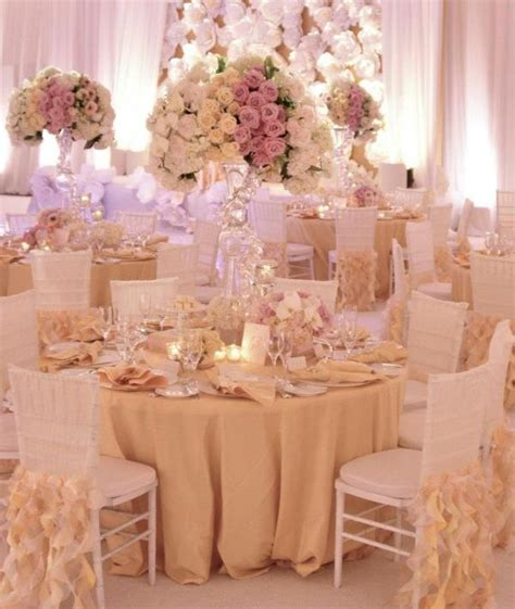 planning our big day centerpieces and wedding colors