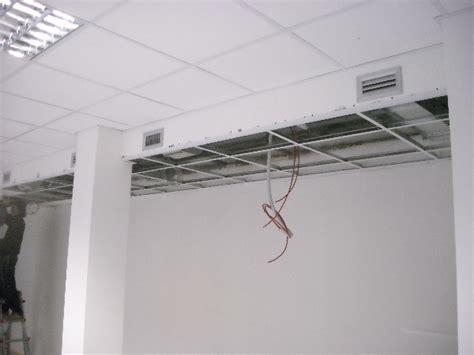 controsoffitto ufficio pavimenti sopraelevati e controsoffitti per spazi ufficio