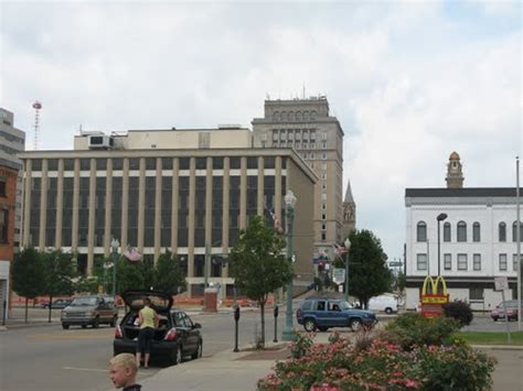 light up downtown canton canton stark ohio estados unidos ciudades y pueblos