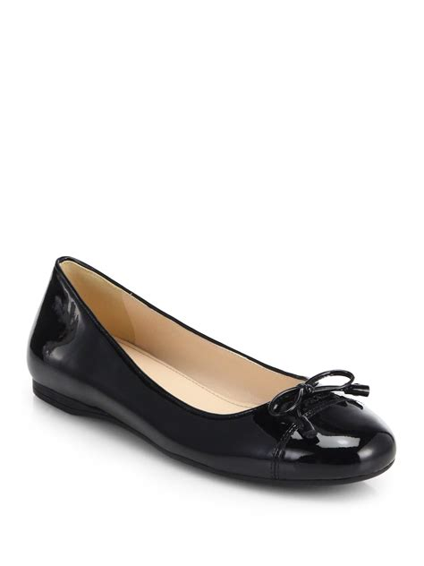 bow shoes flats lyst prada patent leather bow ballet flats in black