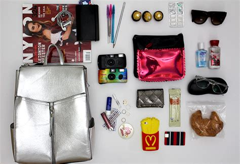 cose da portare in valigia vacanza in vista valigia al top mamme a spillo