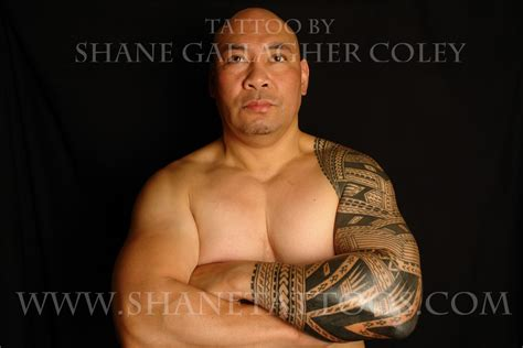 shane tattoo shane tattoos polynesian sleeve on sonny