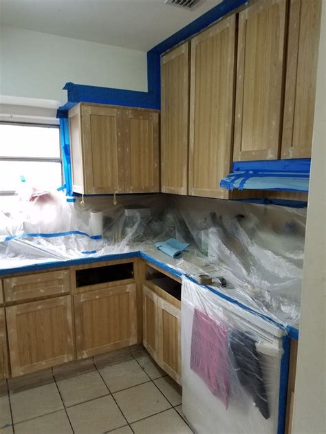 Painting Laminate Cabinets With Chalk Paint by 25 Best Ideas About Laminate Cabinets On