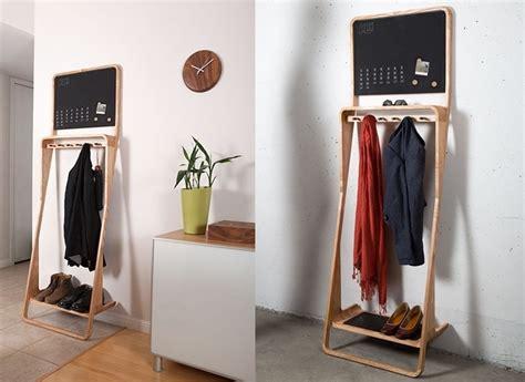 kleine garderoben eine kompakte doch multifunktionale massivholz garderobe