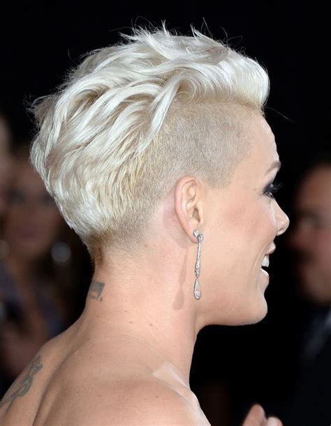 female rock singers with short hair pink photos photos arrivals at the grammy awards part 3