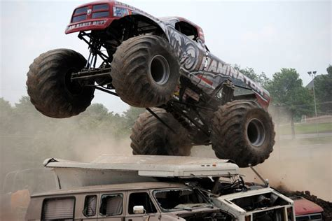 monster truck show springfield mo monster truck photos springfield 4 wheel jamboree 2012