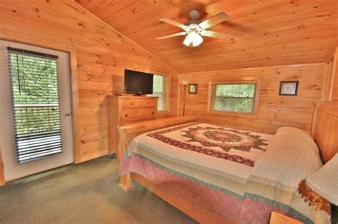 Black Hollow Cabin Rentals by Black Hollow Cabin Rentals Black Falls Cabin
