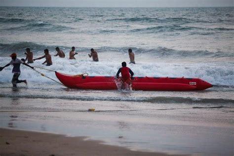 banana boat ride at baga beach banana boat ride at baga beach goa india location