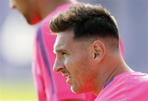 lionel messi blog long wavy hairstyles for round face shapes lionel messi haircut barcelona star returns to training