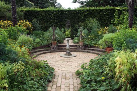 Shrub Garden Design Ideas 38 Clever Backyard Shrub Garden Ideas