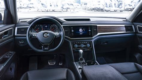 volkswagen atlas r line interior 2018 volkswagen atlas r line revealed autoevolution