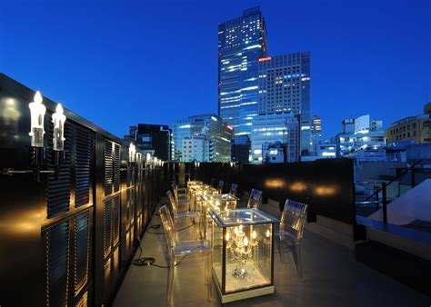 top bars in tokyo 12 best rooftop bars for a romantic date in tokyo