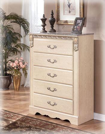 sanibel bedroom furniture sanibel b290 queen bedroom set signature design by ashley
