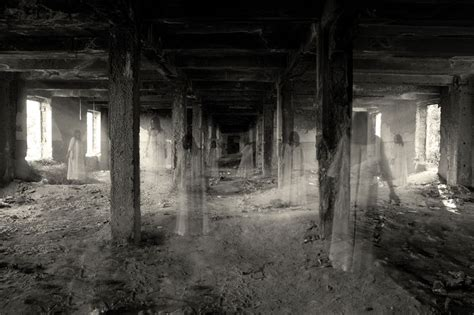 Best Abandoned Places To Visit | top 12 india s most haunted places list listaka