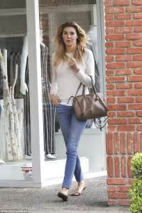 brandi glanville boyfriend jeans brandi glanville poses nude in new boyfriend s photo