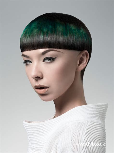 edgy haircuts ottawa 2452 best verisa dramatic colors images on pinterest