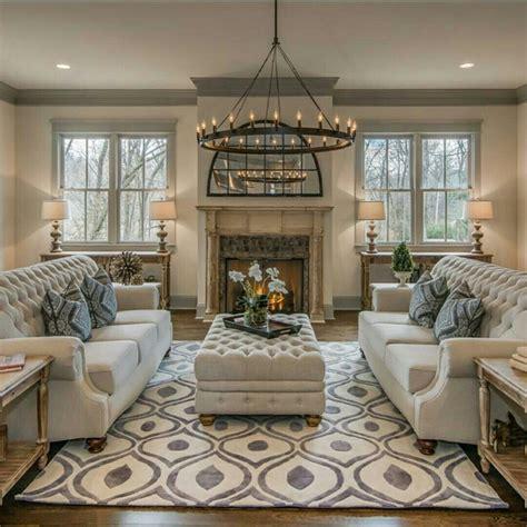 gray neutral living room haus pinterest 201 pingl 233 par la toya turner sur home decor pinterest