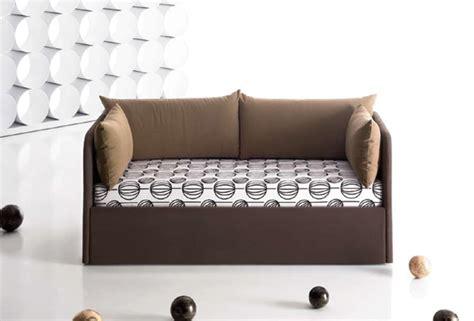 divanetti letto imbottiti e divanetti