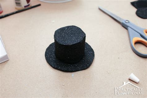 How To Make A Snowman Hat Out Of Construction Paper - diy craft tin can snowman