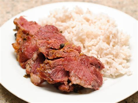 how to cook corned beef in the oven with pictures wikihow
