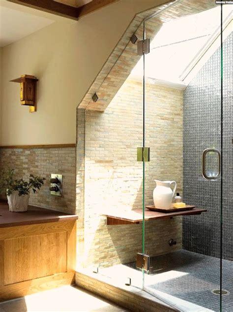 badezimmer mit dachschräge ideen badezimmer mit dachschr 228 ge natursteinwand