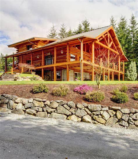 log cabins pictures unique 25 best log cabins ideas on maharaja log homes offers unique volumetric texture of