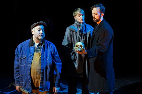 hamlet universal themes review cast commands respect in contemporary hamlet