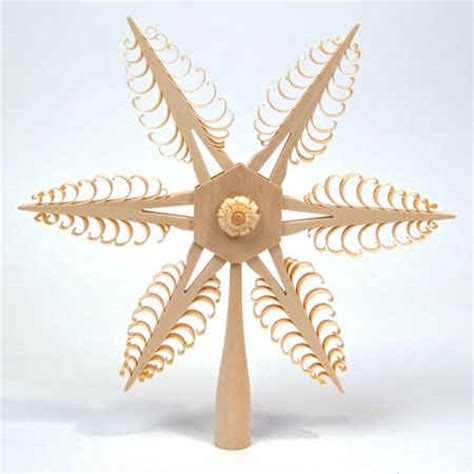 spanbaum wooden tree topper with rosette