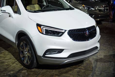 buick encore 2017 white 2017 buick encore updates consumer driven gm authority