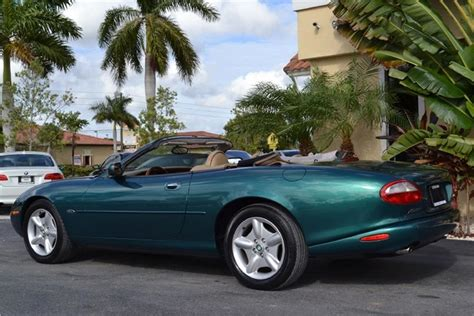 1997 jaguar xk xk8 convertible 5 speed automatic transmission photo 64532189 gtcarlot com 1997 jaguar xk8 convertible 187692
