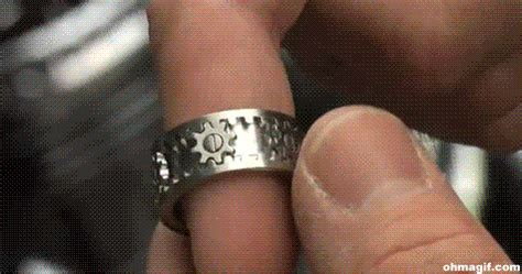 8 Awesome Ways To Ring In The New Year by The Ring Animated Gifs