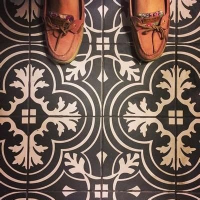 Grout Colors Merola Tile by 25 Best Ideas About Ceramic Flooring On