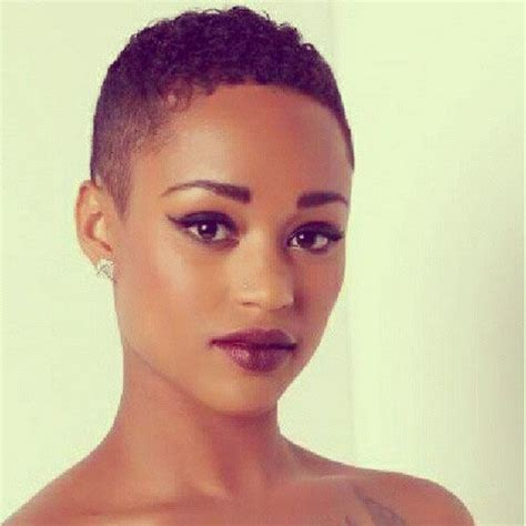 twa with oblong face beautiful short hairstyles for black women short