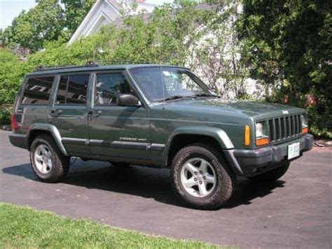 2000 green jeep cherokee good condition green 2000 jeep cherokee jeep cherokee