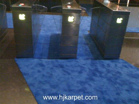 Jual Karpet Untuk Tv pemasangan karpet gedung transtv hjkarpet