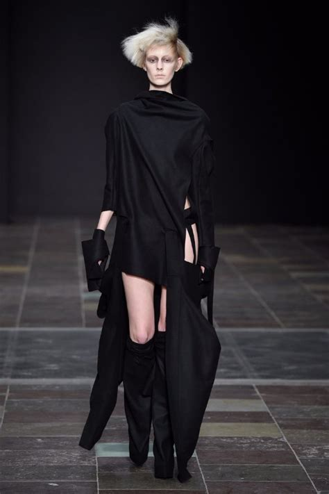 Inspired Fashion by The Influence Of History On Modern Design Style