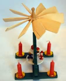 kerzen wandhalter holz weihnachtspyramide advent drehbar kerzen weihnachtsdeko