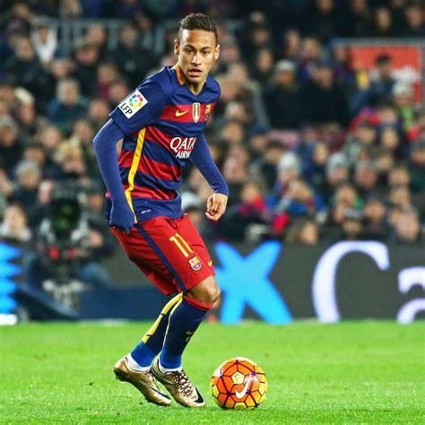 ranking mejores futbolistas 2016 ranking alexis figura entre los diez mejores jugadores