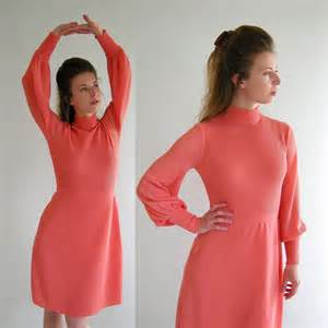 Vintage 60s 70s coral dress flattering shade of coral pink nubby