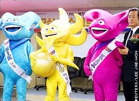 ESPN.com - SOCCER - Ato, Nik and Kaz picked by fans Fifa 2002 Mascot