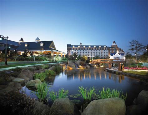 spectacular weekend getaways of a collection of lakeside front hill country and city hotels resorts and rentals for the modern day explorer books barona resort casino becomes 1st tribal resort in u s