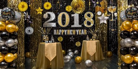 Black Gold Silver Decorations by Black Gold Silver New Year S Decorations City
