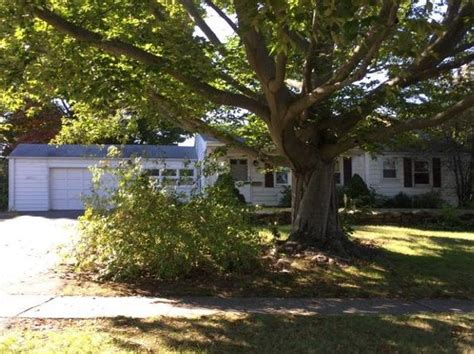 houses for sale in wethersfield ct wethersfield ct single family homes for sale 134 homes zillow