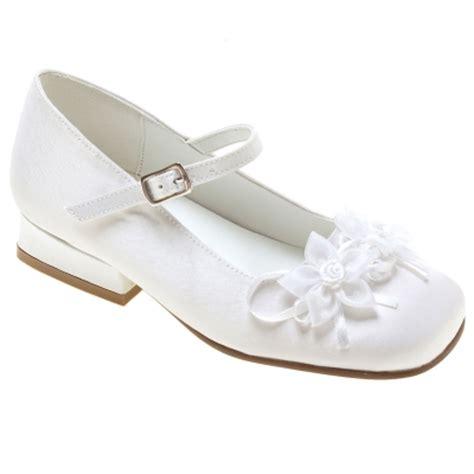 holy communion shoes holy communion shoes with 2 flowers cachet