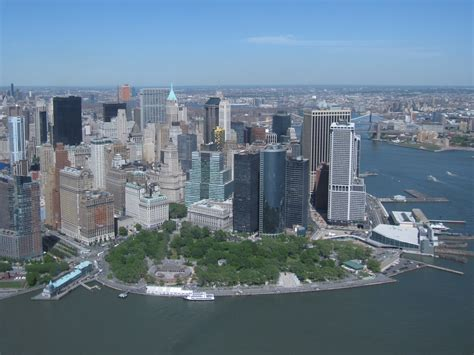 Battery Gardens Nyc by Ferry At Battery Park Business Insider