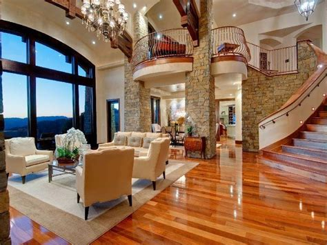 stunning living rooms 25 stunning living rooms with hardwood floors page 5 of 5